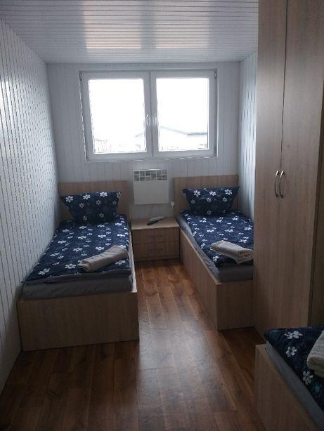 Domek dla pracowników 2 sypialnie kuchnia łazienka dla 6 osób