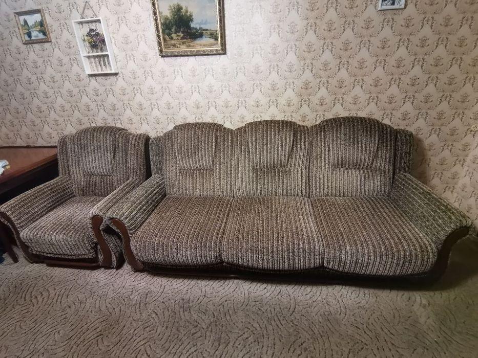 Продам раскладной диван +2 кресла Киев - изображение 1
