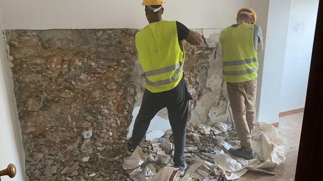 Demolições,Remodelação remoção de mobília,entulho,limpeza de terrenos
