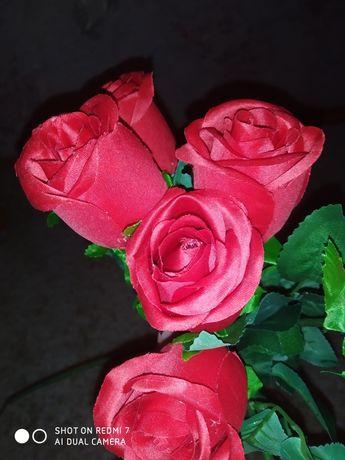 Розы искусственные новые