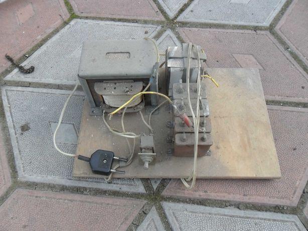 Трансформатор і конденсатори
