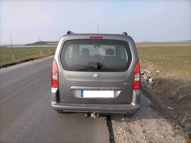 Samochód Peugeot Partner