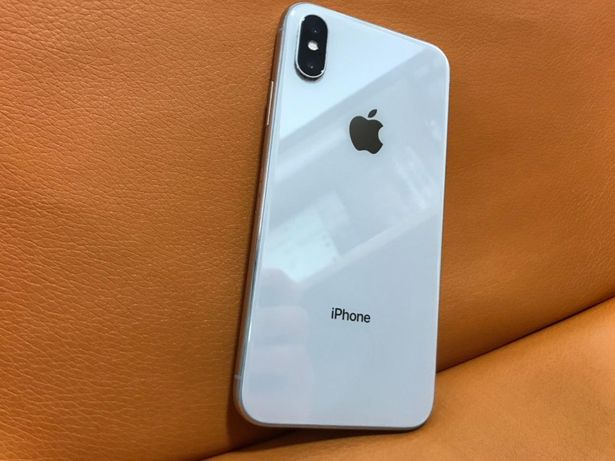 Apple iPhone X 64GB Silver Neverlock Америка, Гарантия,Магазин,Б\У