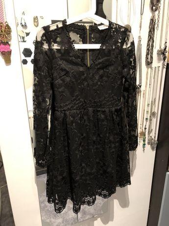 Piękna sukienka z koronki S na karnawał
