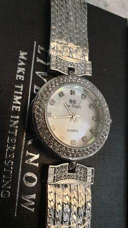 Zegarek damski BS śliczny nówka