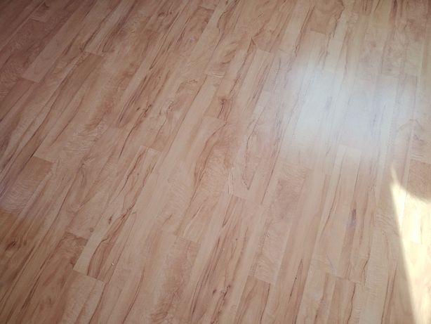 Panele podłogowe grusza