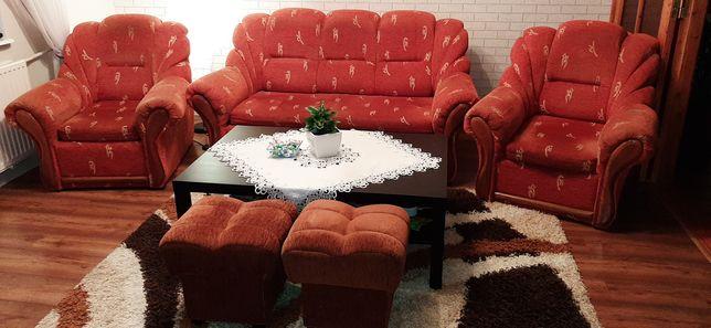 Zestaw wypoczynkowy sofa 3ka + 2  fotele + 2 pufy gratis