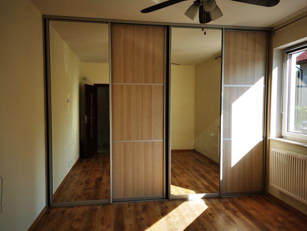 Szafa szafy wnękowe z lustrem