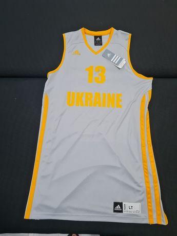 Майка баскетбольная adidas.