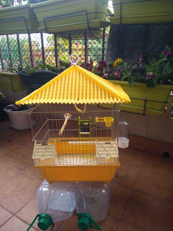 Gaiola para aves de médio e pequeno porte
