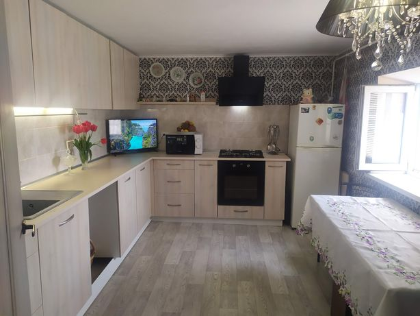 Продам хороший дом в Константиновке , можно в рассрочку