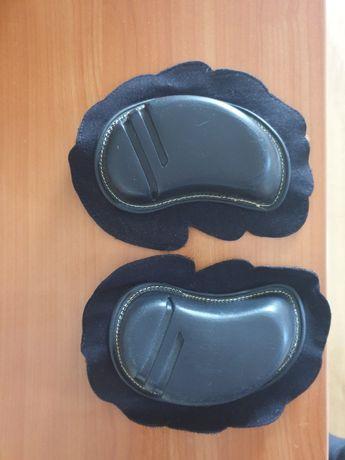 Ochraniacze motocyklowe na kolana