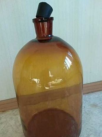 Бутыли стеклянные под вино