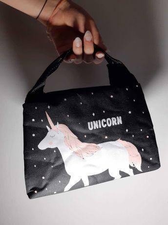 Kosmetyczka termiczna czarna Jednorożec Unicorn