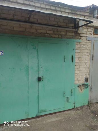 ПРОДАЄТЬСЯ Цегляний гараж в кооперативі