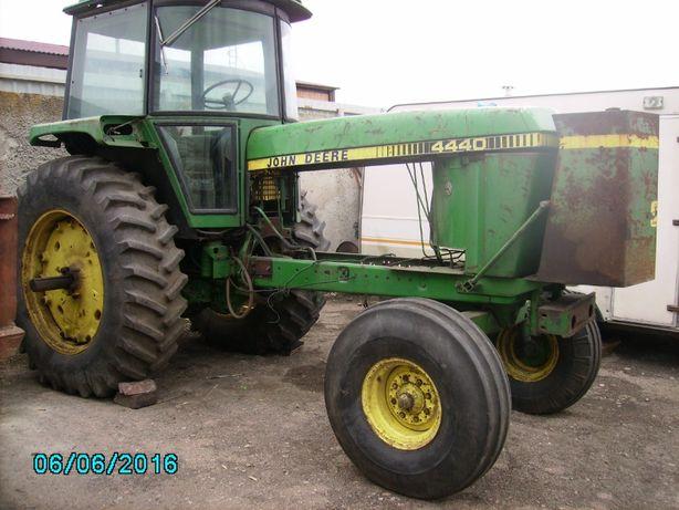 Трактор 4440