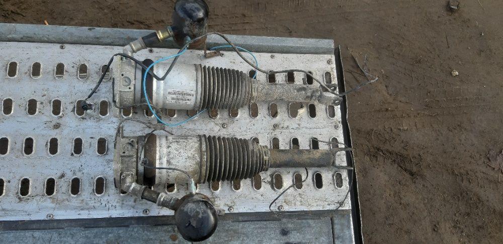 Amortyzator pneumatyczny prawy tylny audi a8 d3 4e0.616.002h Górno - image 1