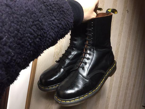 Продам Dr. Martens England мужские кожаные ботинки оригинал 41