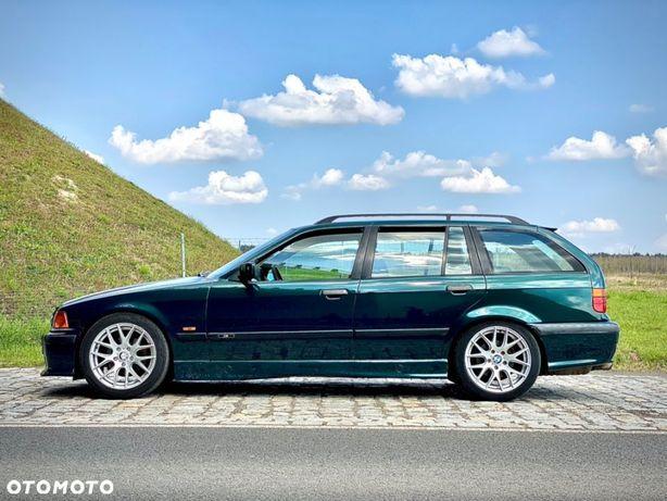 BMW Seria 3 Ładne oryginalne BMW E36 320i touring