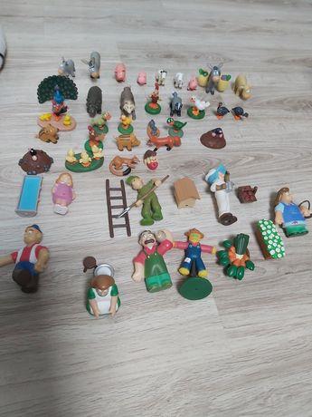 Figurki i książeczki Przyjaciele z lasu i Wesoła Farma