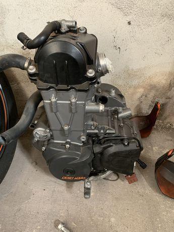 KTM 690 Duke smc smr 2008 / 2012 silnik mały przebieg