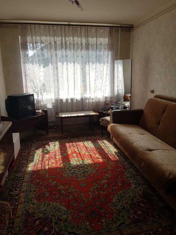 Сдам 2-х комнатную квартиру, 3\5, в р-не м. Масельского.