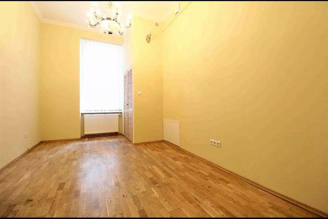 Biuro / pokój biurowy. Gertrudy, Stradomska, Św. Sebastiana