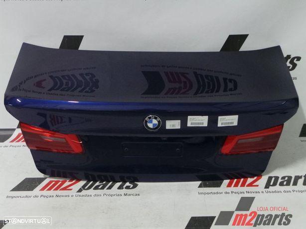 Tampa da mala Cor Unica/Azul/Cinza Prata/Preto BMW 5 (G30, F90) Semi-Novo
