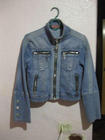 Джинсовый пиджак/куртка