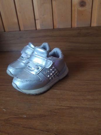 Детские кроссовки 21 размер, 12,5 см стелька
