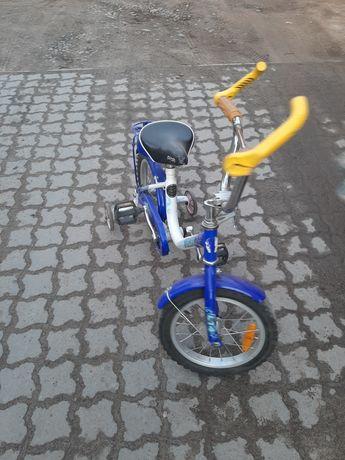 Ровер, велосипед дитячий 16 у доброму стані
