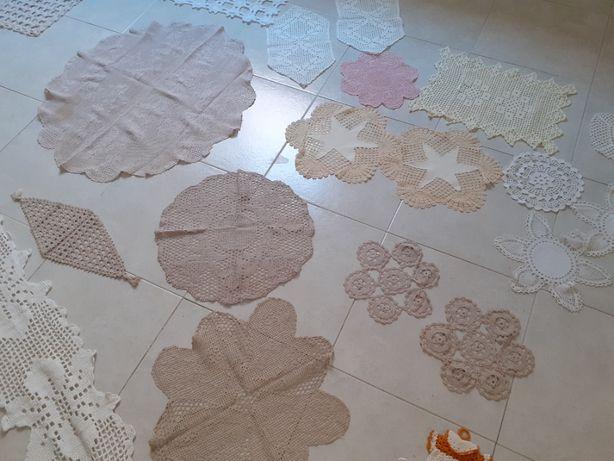 Naprons e toalhas em renda / crochet