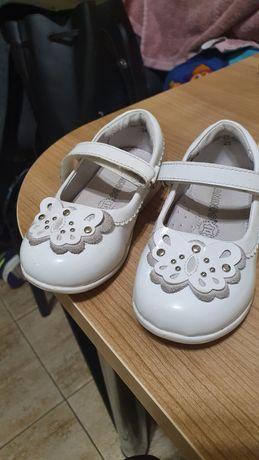 Туфли кожанные на девочку