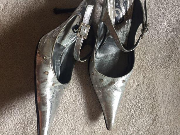 Sapatos e mules em pele  tam.35 e 36