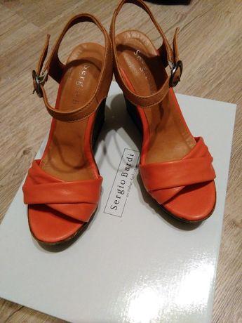 Sandałki damskie na koturnie Sergio Bardi