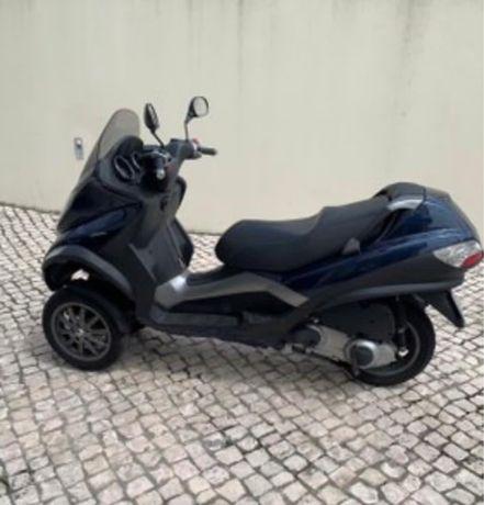 Piaggio mp3 250 (carta de carro)