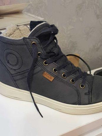 Продам зимние ботинки Экко 35размера в хорошем состоянии