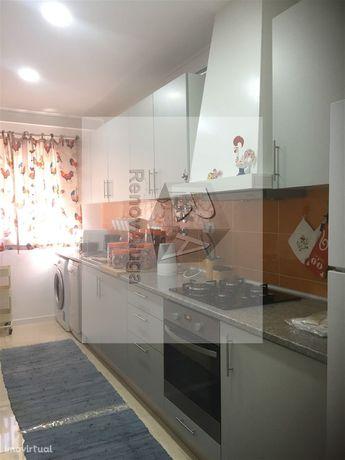 Apartamento T2 Arrendamento em Lumiar,Lisboa