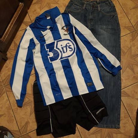Продам джинсы спортивный костюм  на мальчика12-13лет  рост 156 см.