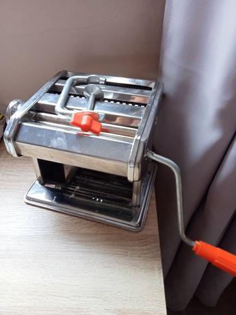 Máquina de esticar massa
