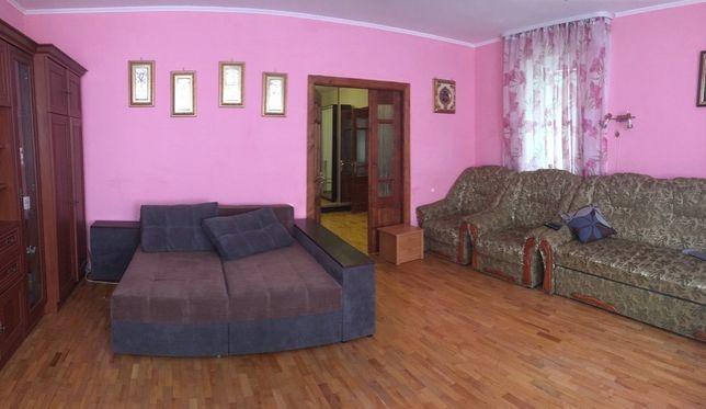 Продаж просторої однокімнатної квартири по вул Вернадського