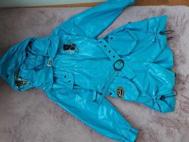 Mam do sprzedania 2 kurtki przeciwdeszczową i zimową
