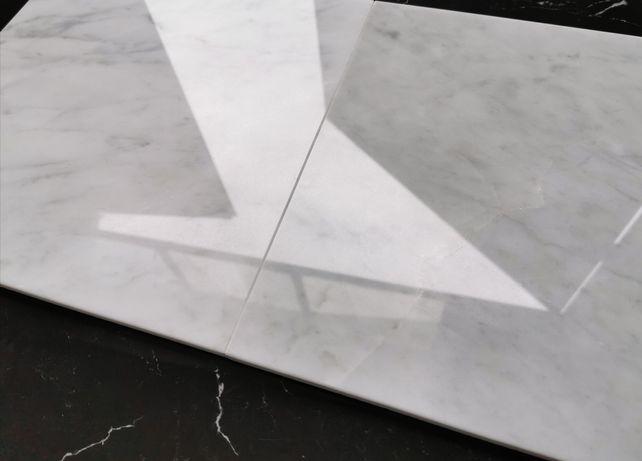Płytki marmurowe Bianco di Carrara 30.5x30.5x1 oraz 30.5x61x1