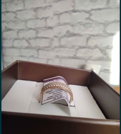 Кольцо золото 585 , размер 15.5- 16, на худенькие пальчики ,