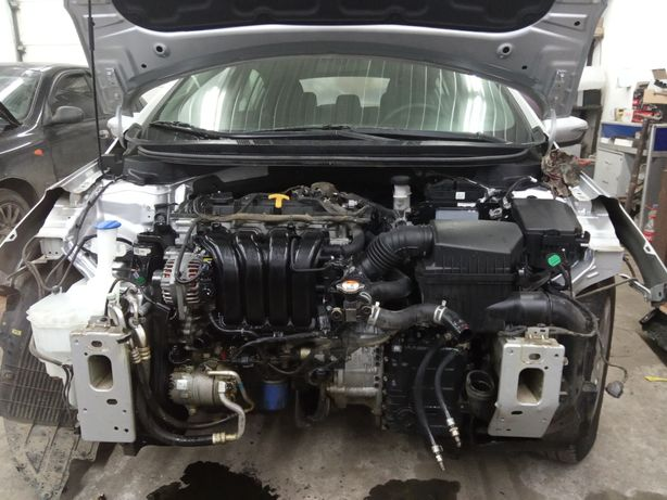 Двигатель на запчасти коробка 2.0 GDI Kia Hyundai