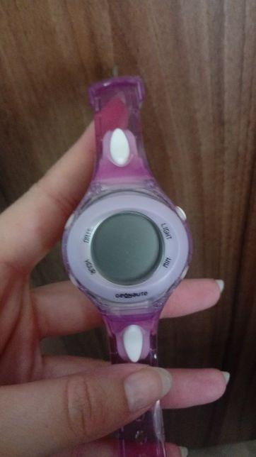 Dziecięcy cyfrowy zegarek Geonaute