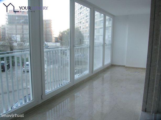 Apartamento T4 para arrendamento (alugar) em Lisboa,Amoreiras