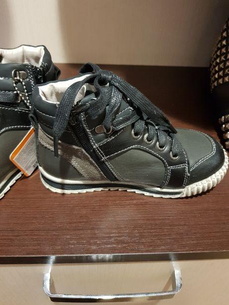 Ботиночки antilopa.