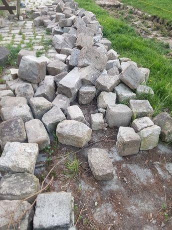 Kostka starobruk granitowa