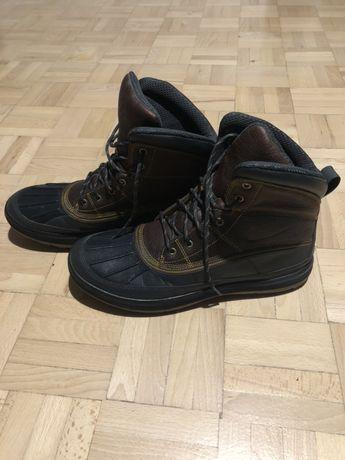 Zimowe ciepłe, śniegowce buty Nike rozmiar 45